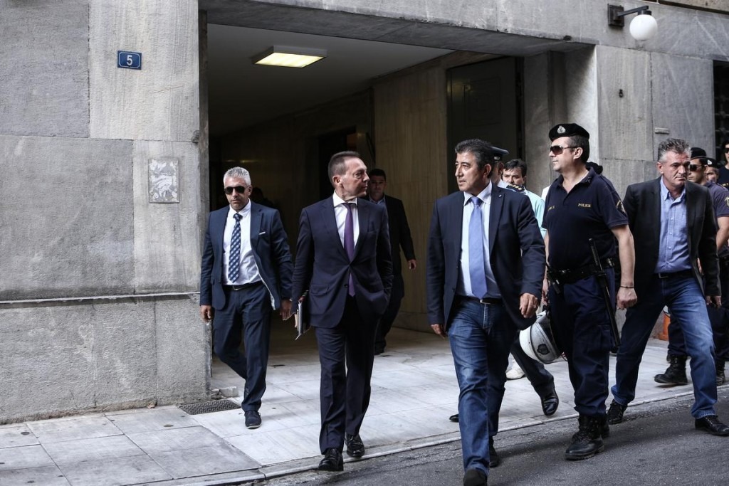 The represantatives of the European Institutions (European Central Bank, European Commission, IMF and EMS) visit the Bank of Greece, in Athens, July 31, 2015 / Οι αντιπρόσωποι των θεσμών επισκέπτονται την Τράπεζα της Ελλάδας, στην Αθήνα, 31 Ιουλίου, 2015