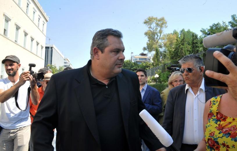 """ΟΔΗΓΙΑ ΜΕΡΚΕΛ; Ο ΣΥΡ ΙΖΑ διώχνει τους ΑΝΕΛ από την κυβέρνηση!   Ο ξακουστός Μάκης Μπαλαούρας τρολάρει άγρια τον Καμμένο με το """"ΜΑΚΕΔΟΝΙΑ"""