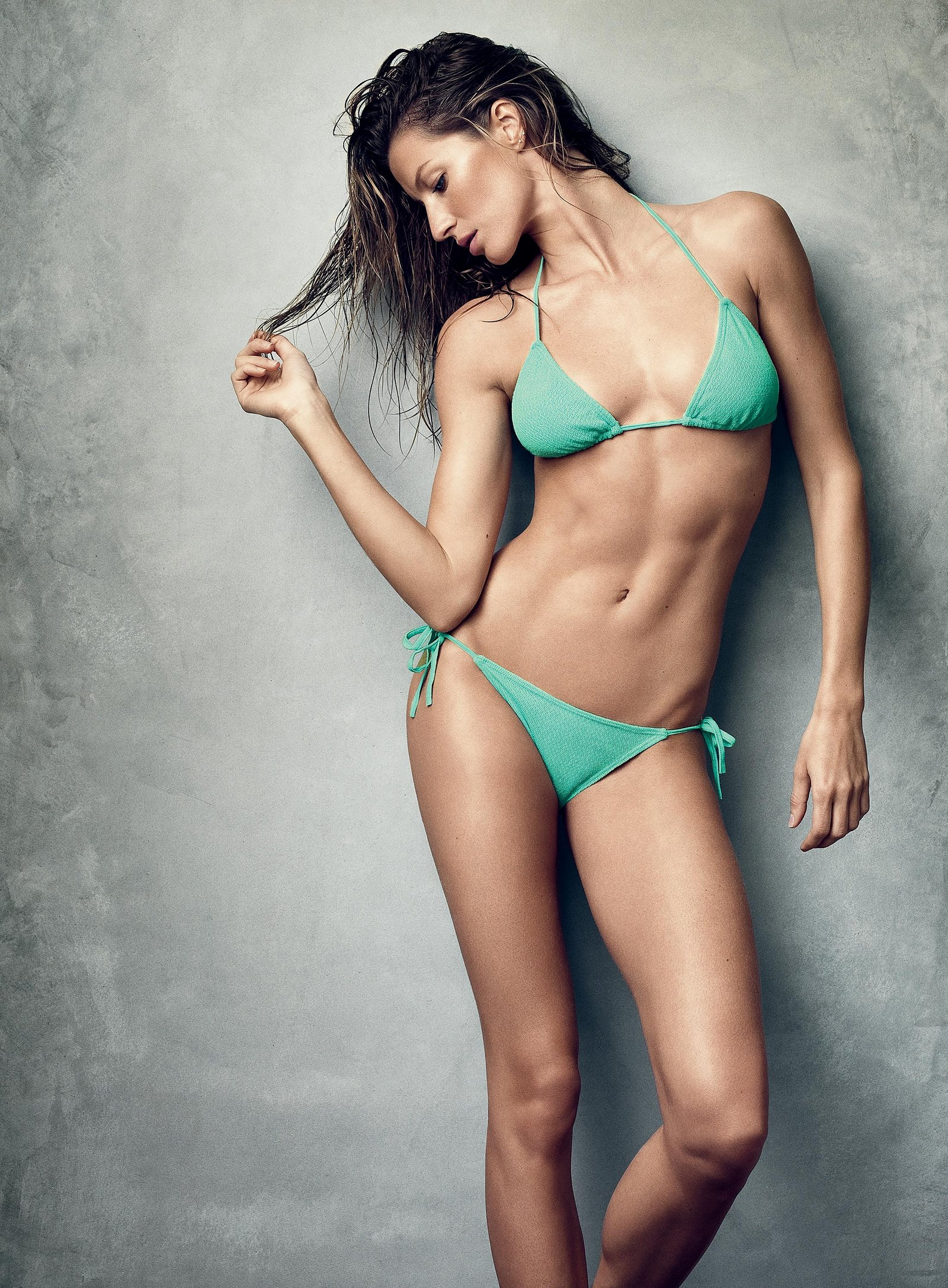 10-gisele-bundchen-beach-body