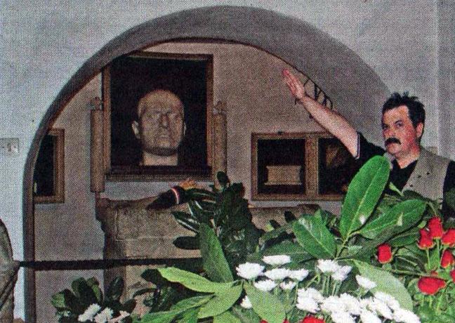 Αποτέλεσμα εικόνας για μουσολινι  παππας